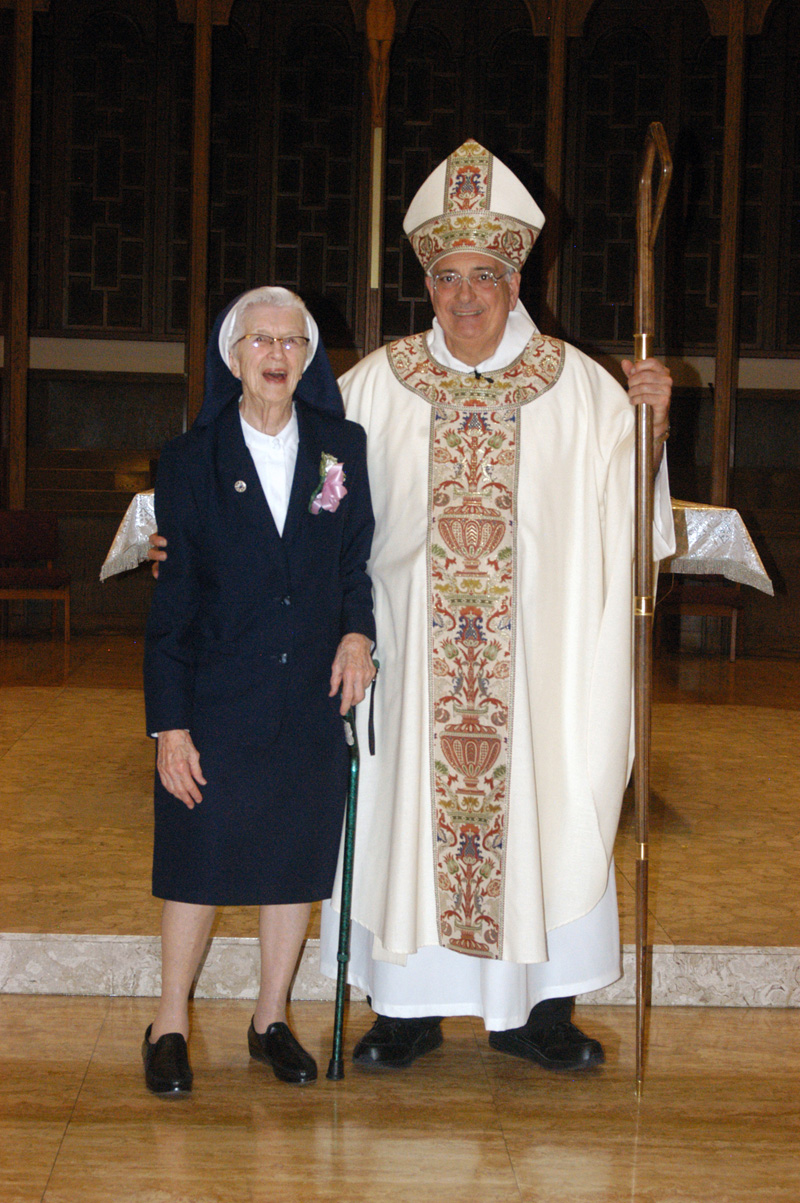 Diocese Honors Sister-Jubilarians 2014 - The Tablet Computer Store