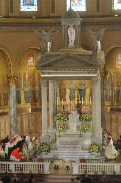 full-altar