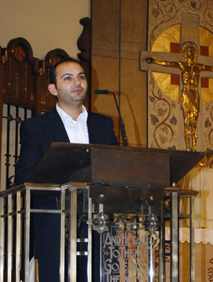 Iyad Alchiek speaks about Christian persecution in his native Syria.