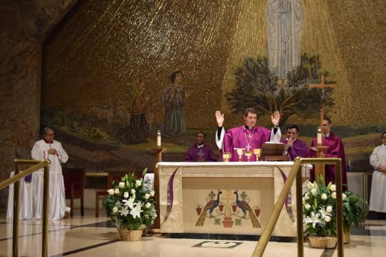 consecration_DSC_1679