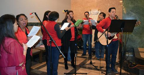 web-choir-to-crop-DSC_1057