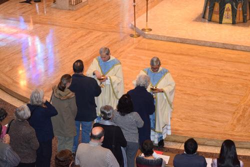 _mass-communion-DSC_0555