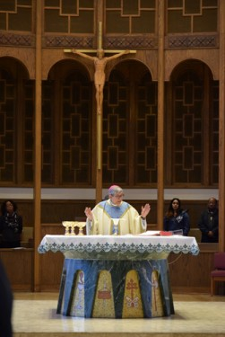 _mass-consecration-DSC_0501