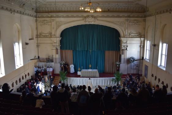 adoration at McCaddin opera house_-DSC_0879