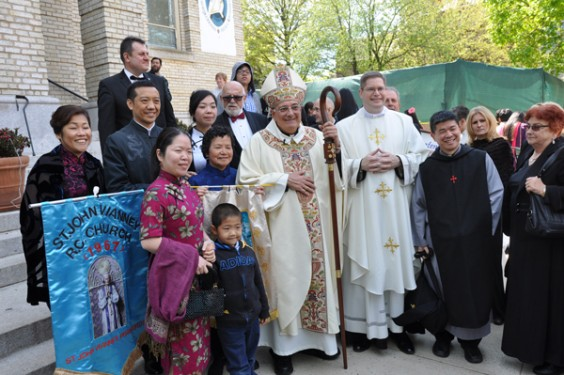 Bishop,-Ho-and-group