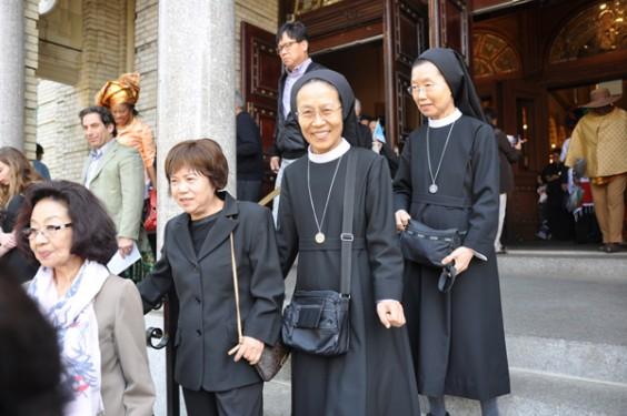 Chinese-nuns