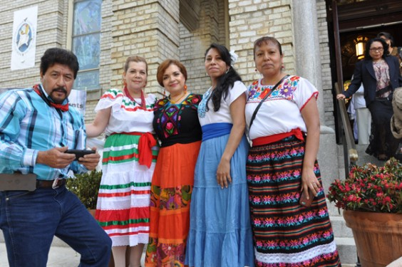 Hispanic-group-on-steps