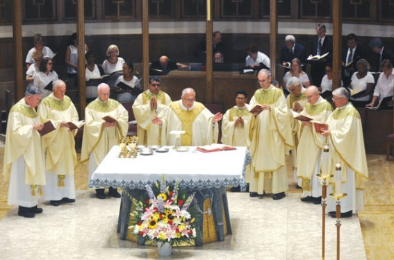 Bishop DiMarzio was the principal concelebrant of the Mass of welcome along with, from left, N.Y. Auxiliary Bishop Gerald Walsh, Bishops Tiedemann and Chappetto, Auxiliary Bishops Paul Sanchez and James Massa and Bishop Douglas Crosby, O.M.I., of the Diocese of Hamilton, Ontario, Canada. (Photo: Ed Wilkinson)