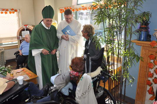 bishop-patiemt-and-family