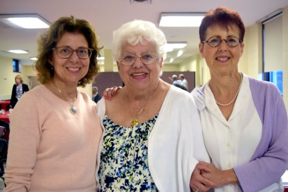 Millie Ricciardi, center, with her daughters