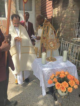 DAvis at altar