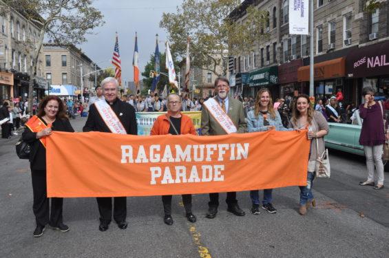 * Ragamufin banner