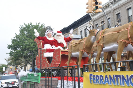 * SAnta on float