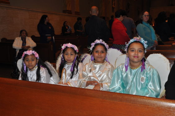 angels in church