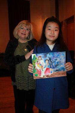 Julia and her art teacher.